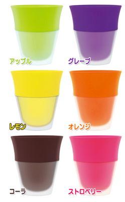フレーバーカップの味はアップル・グレープ・レモン・オレンジ・コーラ・ストロベリー